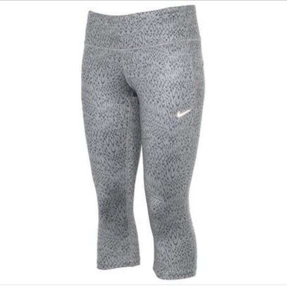 550be21b3713f2 Nike Pants   Womens Drifit Epic Run Tight Running Capri   Poshmark